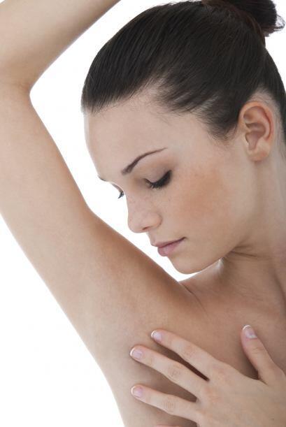 ¿Tienes un bulto? Puede ser un síntoma del cáncer de mama. Y puede estar...