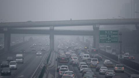 Los autos son una de las fuentes principales de contaminación.