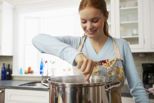 Cocina en cantidad. Si tienes tiempo durante el fin de semana, cocina tu...