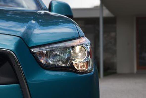 Incluye luces de Alta Intensidad con tecnología LED que aseguran una mej...
