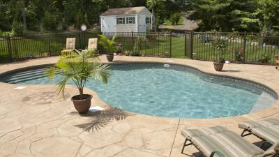 Mantener limpia la piscina