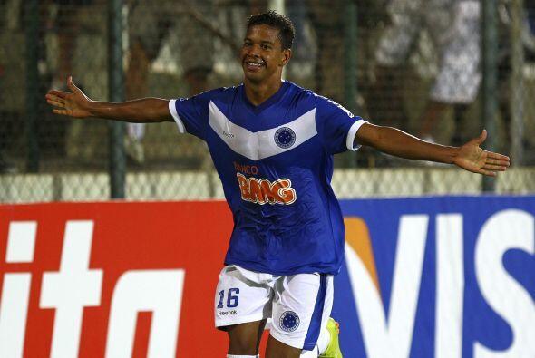 A sus 22 años, sus goles y su velocidad son el arma del equipo brasileño.