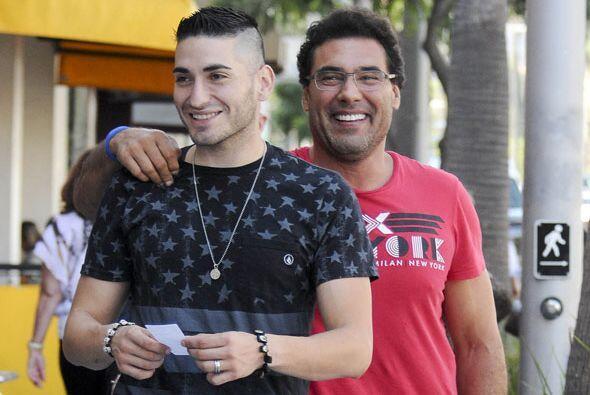 Yáñez y su hijo, Lalo, pasearon por Beverly Hills.