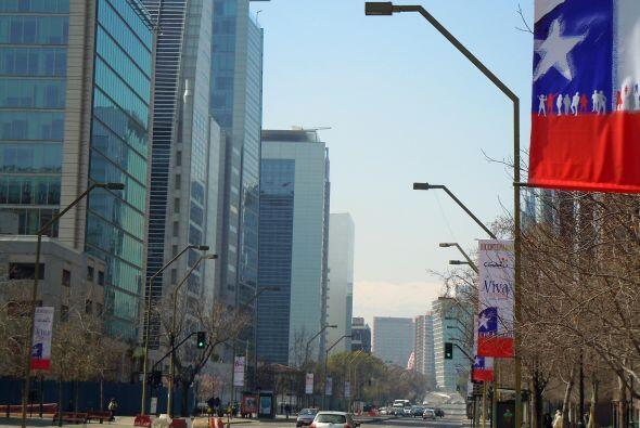 Chile celebra el Bicentenario de su Independencia y adornó sus calles pa...