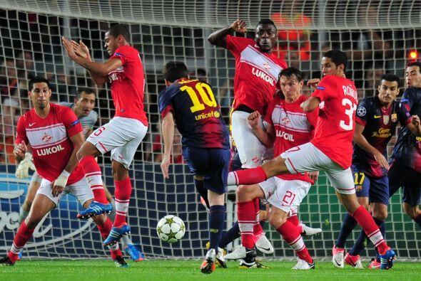 Sin embargo, Lionel Messi apareció en el momento necesario rematando un...