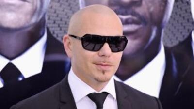 Al parecer, el acuerdo otorgará a Pitbull, de 31 años, los derechos de e...