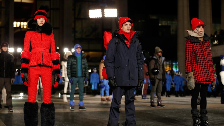 La marca de chaquetas Moncler ahora pone chips en su ropa para evitar fa...
