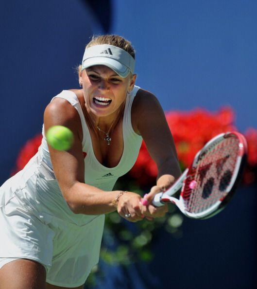 La que no se queda atrás es Caroline Wozniacki, la número uno del mundo,...