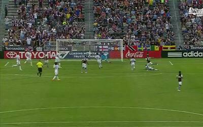 Dillon Serna hace gala de su zurda en el gol del empate de Colorado