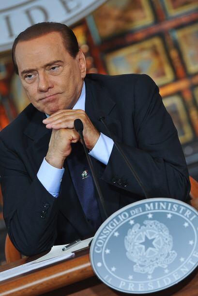 Silvio Berlusconi podría ser condenado a una pena de seis meses a...