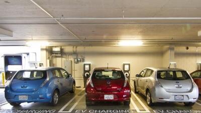Los cargadores en las oficinas son primordiales para el éxito del auto e...