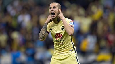 El exdelantero de América interesaría a LA Galaxy y a equipos europeos.