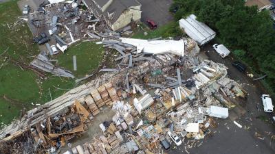 Minuto a minuto: Un tornado mata a una persona en Virginia, la víctima 32 de Florence