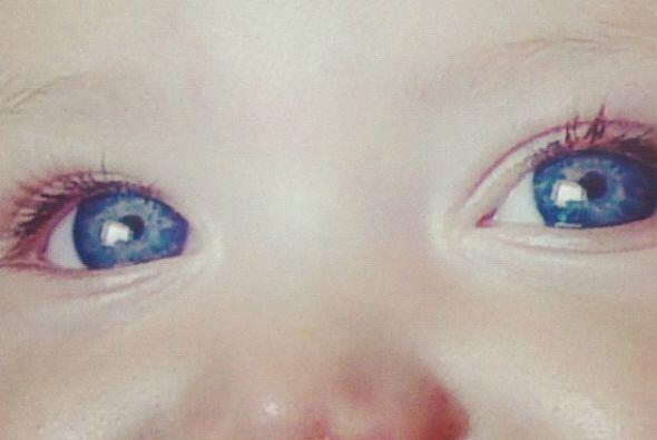 Ahora estos ojos la tienen enamorada.