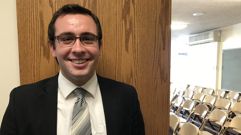 Richie Angel, de 21 años, fue misionero en Chile durante dos años.