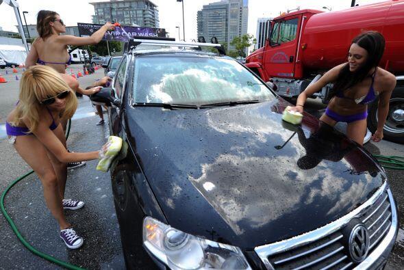 Los conductores de Los Angeles tuvieron un día poco normal, al encontrar...