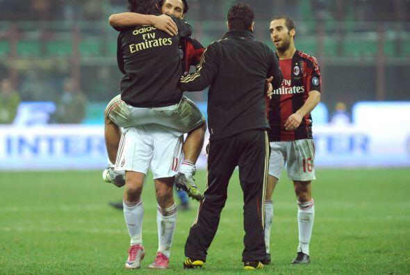 No hubo tiempo para más y el Milan ganó este 'derby', para así asegurars...