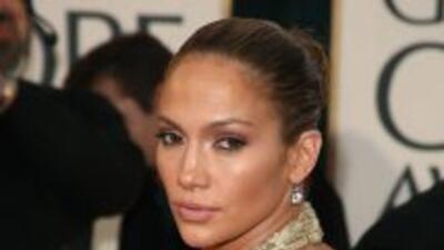 Billboard reportó que Jennifer Lopez le ganó la compra a su ex de un can...