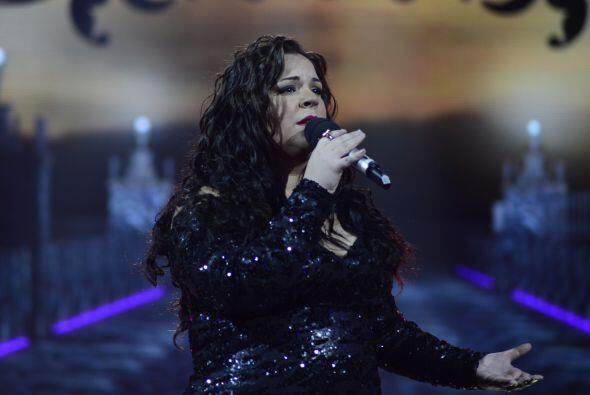 Yazaira rindió homenaje a Juan Gabriel durante la cuarta gala.