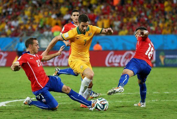 Australia adelantó líneas y se fue en busca del empate mientras que Chil...