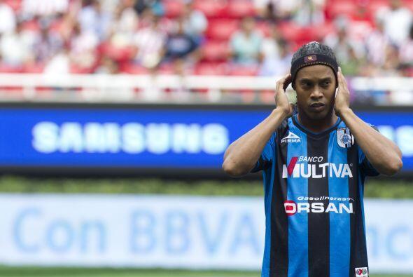 Ahora Ronaldinho tendrá quizás el reto más grande de su carrera en su et...