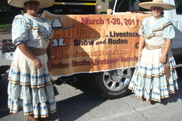 El Rodeo de Houston que tiene un día dedicado a la herencia hispana dijo...