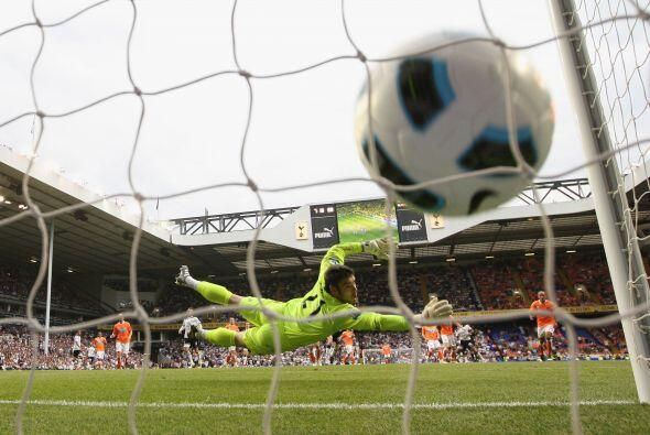 El empate para el Tottenham llegó de la mano de Jermain Defoe con...