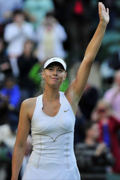 Tras el encuentro, Sharapova comentó que le encanta estar en Wimbledon,...