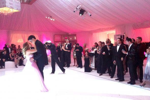 Desmostraron que bailan muy bien. Mira aquí los videos más chismosos.