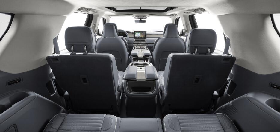 Estas son las fotos de la nueva Lincoln Navigator 2018 18LincolnNavigato...