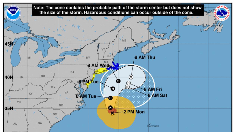 La proyección que hace el CNH no amenaza diractamente a la costa este de...