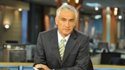 El periodista Jorge Ramos, conductor del Noticiero Univision, viene a Lo...