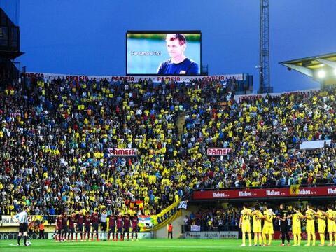 El estadio El Madrigal vivió uno más de los homenajes al r...