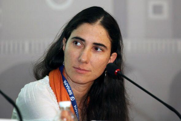 Durante una conferencia ofrecida por Yoani Sánchez en la sede del Senado...
