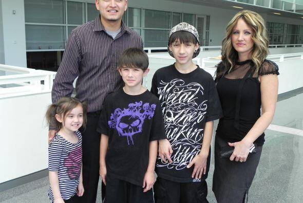 Saúl Sánchez, de Chihuahua, México, trajo a su esposa y tres niños para...