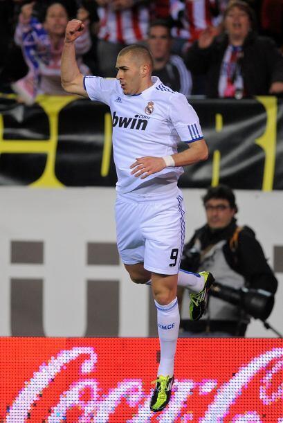 Karim Benzema abrió el marcador para los blancos.
