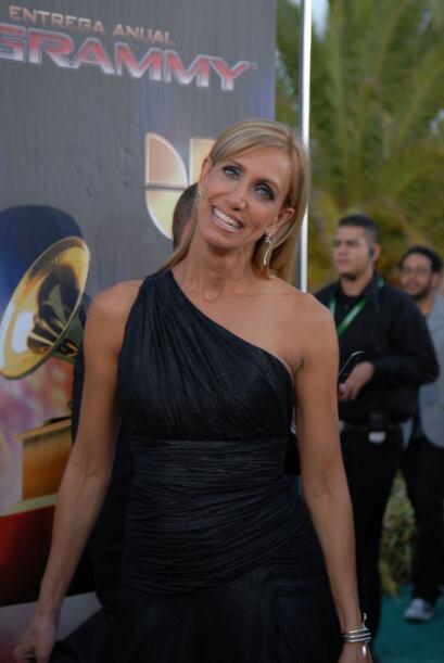 Lili Estefan se veía preciosa en este vestido negro que usó en 2007.