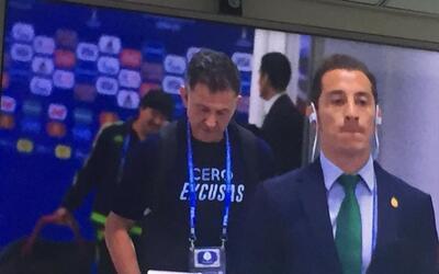 La historia de la playera 'Cero Excusas' de Juan Carlos Osorio