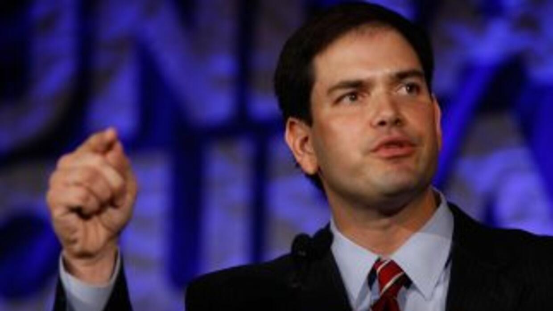 El senador repubicano de Florida, Marco Rubio, mantiene una dura postura...