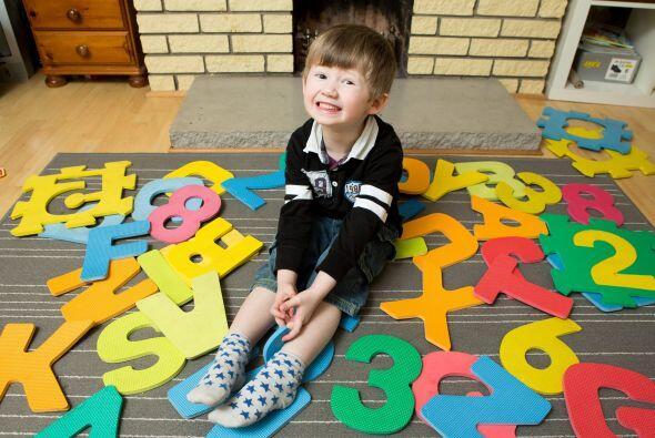 ¡Realiza operaciones matemáticas que pondrían en aprietos a niños más gr...