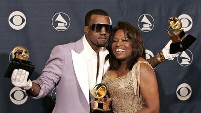 De esta, ni Kim Kardashian lo salva: Kanye West se busca un pleito con el doctor de su mamá