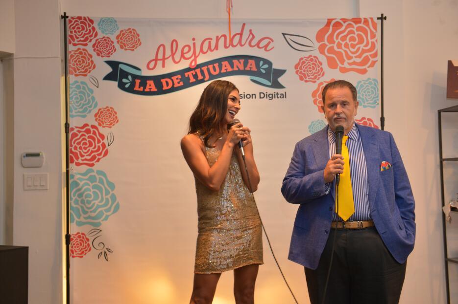 Raúl de Molina se siente inspirado por Alejandra DSC_8821.JPG