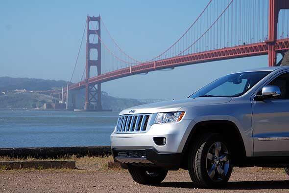 Este nuevo modelo mantiene el diseño característico de Jeep pero con alg...