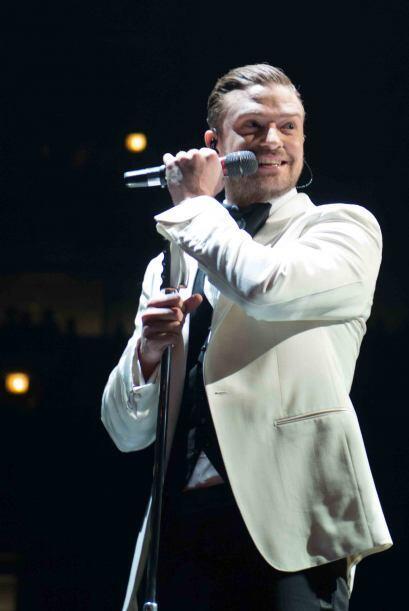 Durante un concierto en Seattle, Justin Timberlake mostró su apoyo a los...