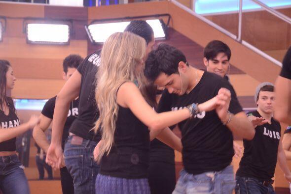 La venezolana Andrea escogió a su pareja, obviamente Mateo.