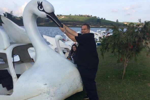 Este lago le ofreció a Raúl y su familia la oportunidad de ver unos cisn...