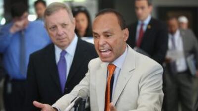 El legislador Luis Gutiérrez atacó duramente la propuesta de ley del rep...