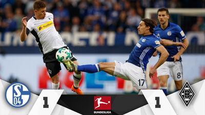 Schalke iguala con el Gladbach y le da vida al Dortmund