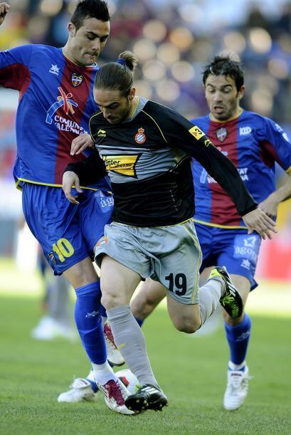 En otro encuentro de la jornada dominical el Levante y el Espanyol se vi...