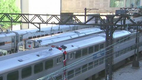 Emergencia por el descarrilamiento de un tren en el centro de Chicago